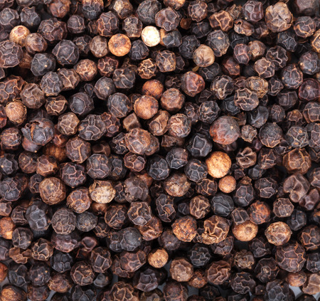 black peppercorn: Black peppercorn food texture background