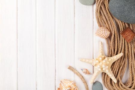 夏の時間海休暇背景に星の魚、船舶用ロープ
