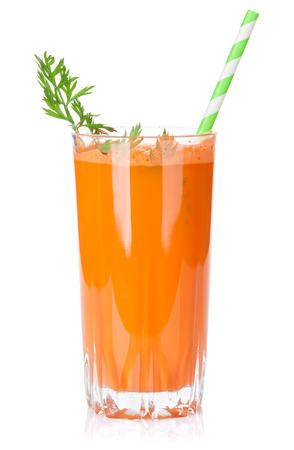 carrot juice: Fresh vegetable smoothie. Carrot juice. Isolated on white background