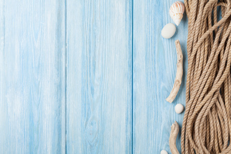 shell: Summer time sea vacation background with marine rope