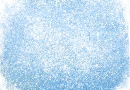 december: Textura de madera azul con nieve de fondo de Navidad