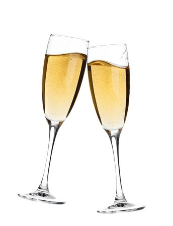 flauta: ¡Aclamaciones! Dos copas de champán. Aislado en el fondo blanco