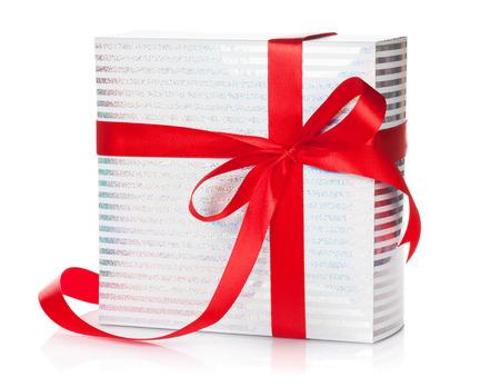 Coffret cadeau. Isolé sur fond blanc Banque d'images - 47499477