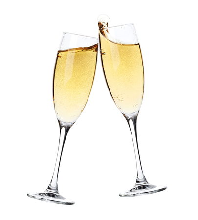 vidrio: ¡Aclamaciones! Dos copas de champán. Aislado en el fondo blanco