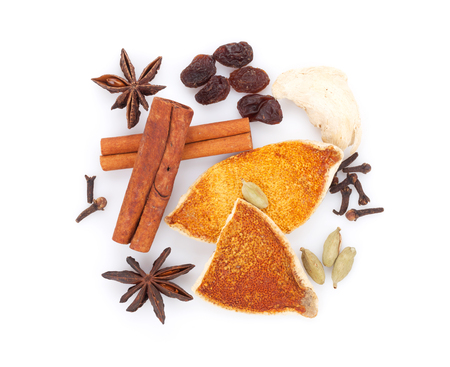 mulled wine spice: Mulled wine spice ingredients. Isolated on white background