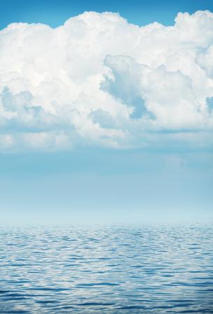 sea wave: Sea wave horizon with cloudy sky