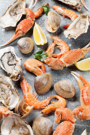 Seafood. Oysters, lobster, clams. Top view Archivio Fotografico - 99190492