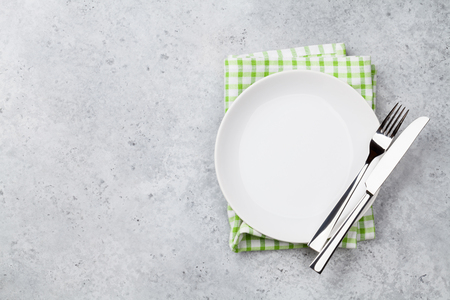 Table setting. Empty plate, knife, fork and napkin. Top view and flat lay with copy space Stok Fotoğraf - 111662085