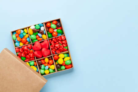 Various candy sweets. Valentines day gift box. Top view flat lay with copy space Imagens - 162298918