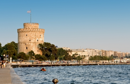 The white tower at Thessaloniki city in Greece photo