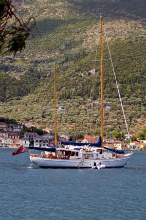ionio: Sailboat at Vathi bay of Ithaki island in Greece