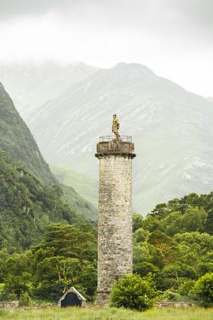 bonnie: Monument in Glenfinnan, Scotland