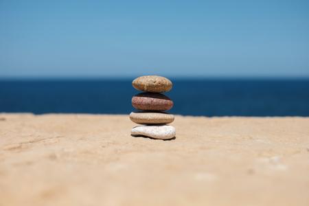 stack of pebbles symbolizes balance and harmony Imagens - 101627357