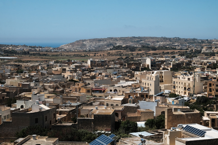 houses of Gozo, cityscape from above Imagens - 105402860