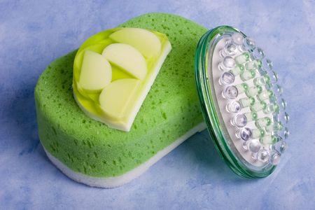 soften: Spa beauty kit - sponge,soup and massager