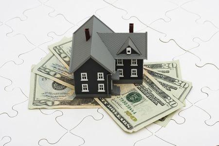 home loans: Casa seduto su un puzzle, i misteri del mercato immobiliare