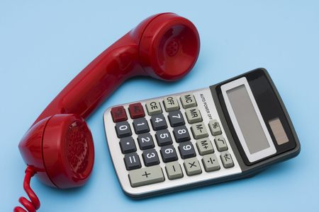 financial questions: Telephone with calculator – help with your financial questions