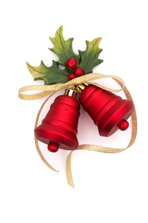 Rode bells met holly en bessen op een witte achtergrond, Christmas Time