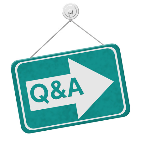 control de calidad: Q & A Esta muestra de la manera, un signo del trullo con la palabra Q & A con una flecha aislado en un fondo blanco