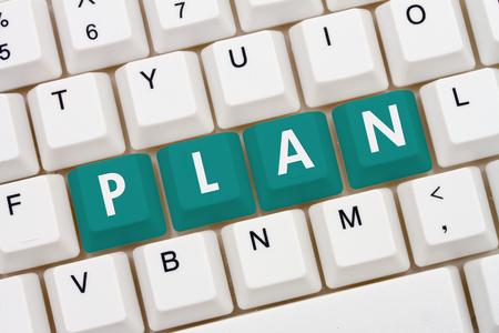 teclado de computadora: La creación de su plan, un primer plano de un teclado con el trullo destacó Plan de texto Foto de archivo