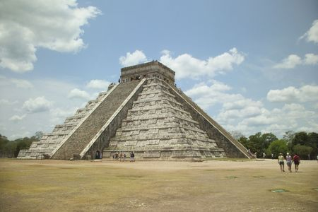 high priest: Pyramid at Chichen Itza in Mexicos Yucatan Peninsula Stock Photo