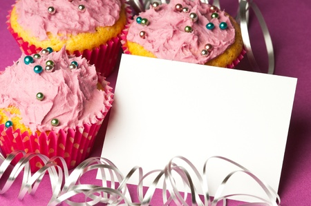 Cupcakes with a blank paper to write your own message
