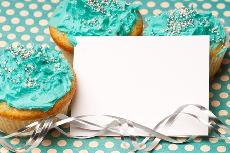 Cupcakes with a blank paper to write your own message Stock Photo - 8853255