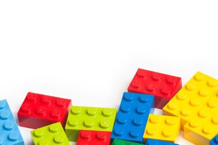 Lego blokken. De Lego speelgoed werden oorspronkelijk ontworpen in de jaren 1940 in Denemarken en hebben bereikt een internationale uitstraling.