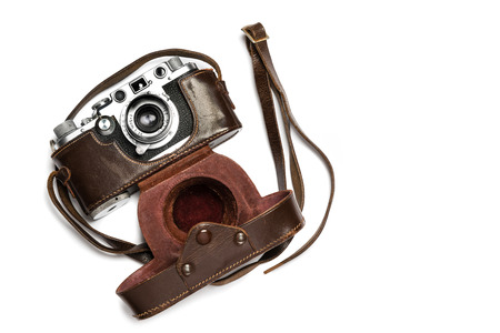rangefinder: A classic 35 mm camera from 1939 with brown leather case