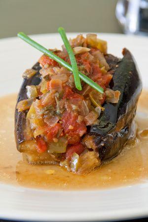 Turkse gevulde aubergine, vegeterian voorgerecht