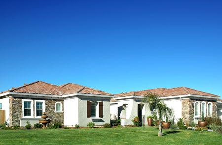 residential neighborhood: Nueva marca �nica casa de familia ubicada en un barrio residencial