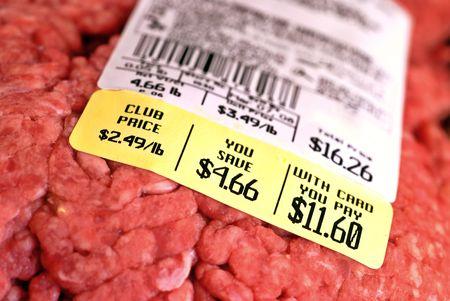 生のハンバーガーの大規模なパッケージの価格タグ