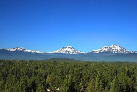 3 人の姉妹山でオレゴン州、アメリカ合衆国 写真素材 - 7488220