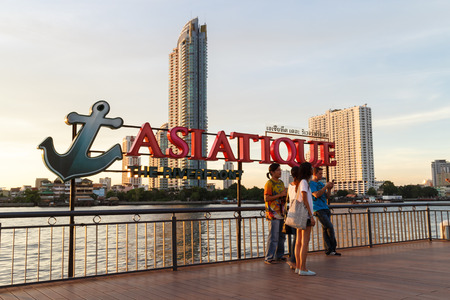 riverfront: BANGKOK, THAILAND - MAY 19: Unidentified peoplel at Asiatique The Riverfront  on May 19,2015 in Bangkok, Thailand. Asiatique The Riverfront is a large open-air market Editorial