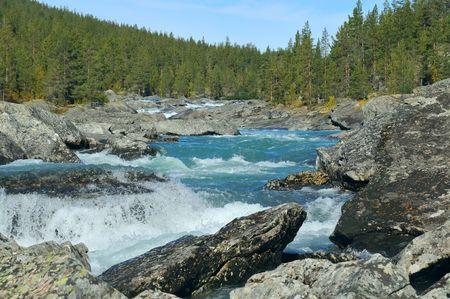 sel: River Otta in Ottadalen in Norway. In Oppland , Jotunheimen.