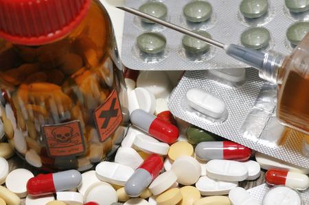 sobredosis: Una sobredosis de drogas