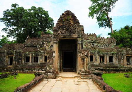 thom: Door Temple in Angkor Thom, Cambodia