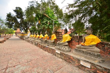 stone buddha: Row of Old Stone Buddha Statues