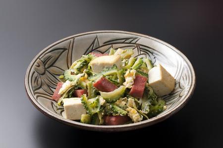 bitter melon stir-fried with pork, Goya chanpuru 免版税图像