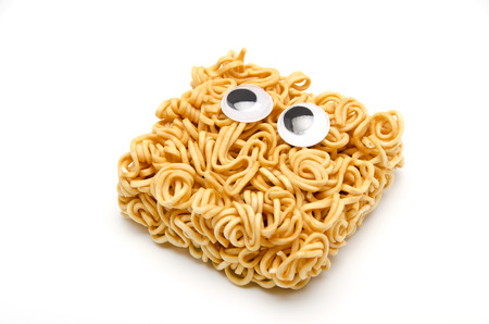 the instant noodles: eyeball, look around restlessly, eyes, instant noodles