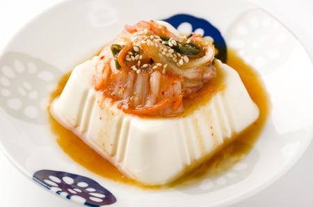 hiyayakko with kimchi