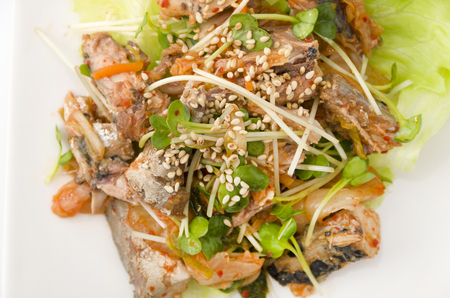 kimuchi with canned mackerel