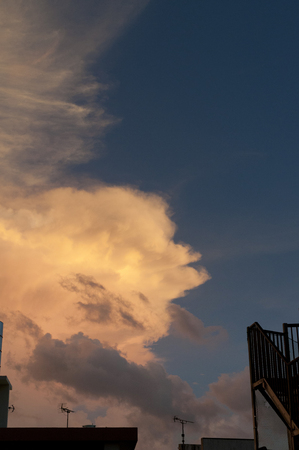 orange cloud sunset sky Banque d'images