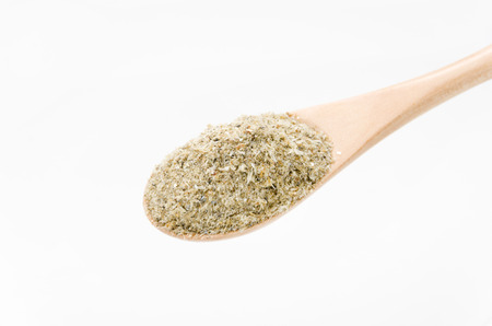 Fischmehl ist ein Fisch getrocknet und zu Pulver zerkleinert. Es wird hauptsächlich als Futtermittel und organischer Dünger verwendet, wird aber manchmal zum Kochen als Nahrung verwendet. Standard-Bild - 92986244