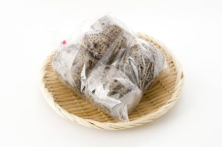 Taimo is a taro grown in shallow water fields (paddy fields). It is also called Mizuimo. In Okinawa Island, it is called Called Ta-nmu (in Kinmucho, Term or Termam). 版權商用圖片