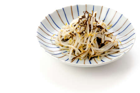 Namul of salted kelp with bean sprouts 版權商用圖片