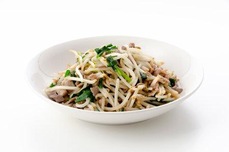 Stir-fry pork meat bean sprouts 版權商用圖片 - 161217491