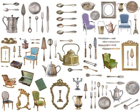 Enorme set di oggetti antichi. Articoli per la casa vintage, argenteria, mobili e altro ancora. Isolato su sfondo bianco.