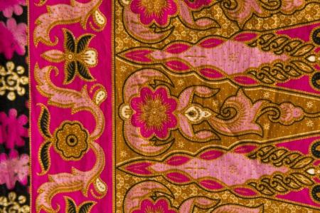 mooie roze batik met florale patronen Stockfoto