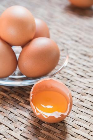 threshing: Egg on the Weave threshing basket Stock Photo
